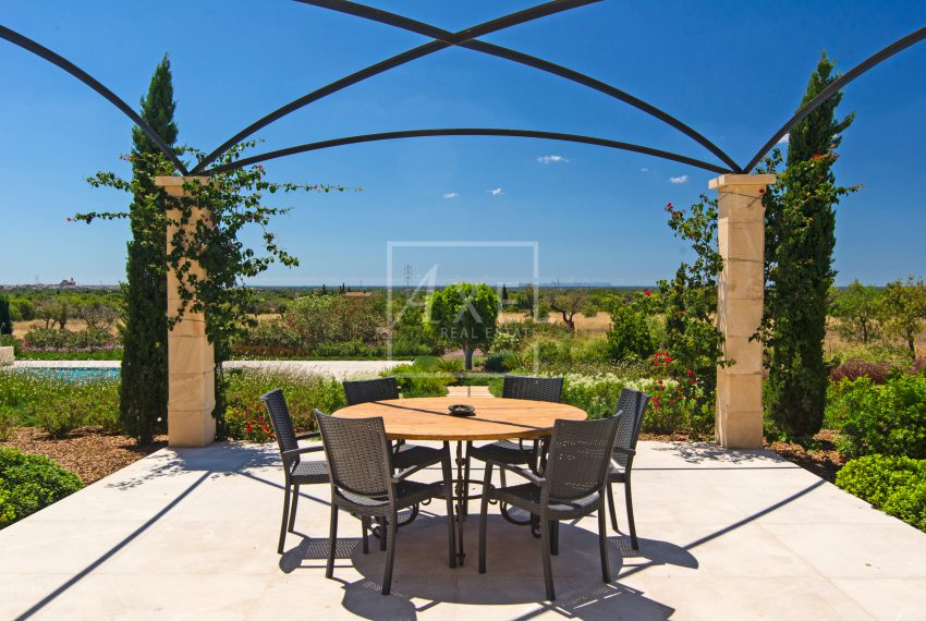 Sa_Pedrissa_garden_terrace01axel-realestate