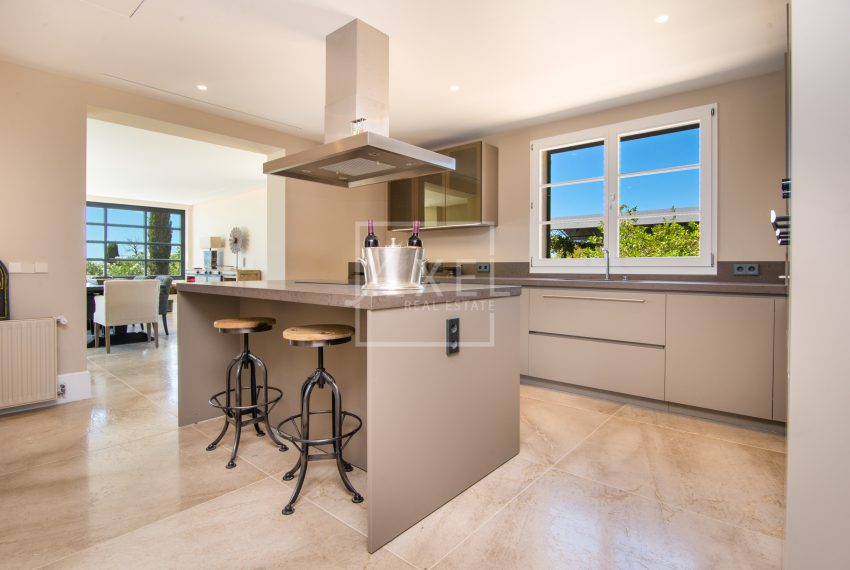 Sa_Pedrissa_ground_floor_kitchen01axel-realestate