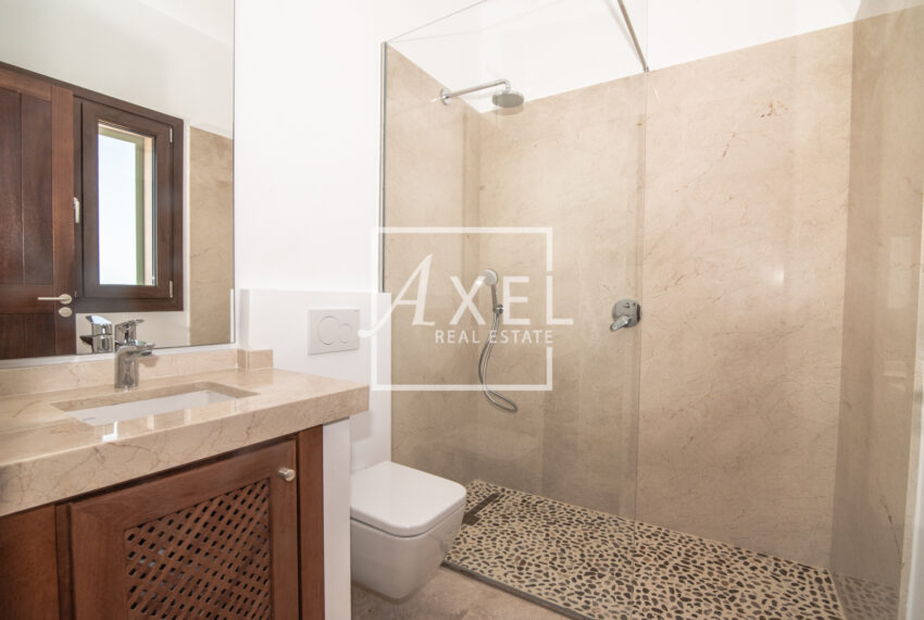 axel -realestate.com