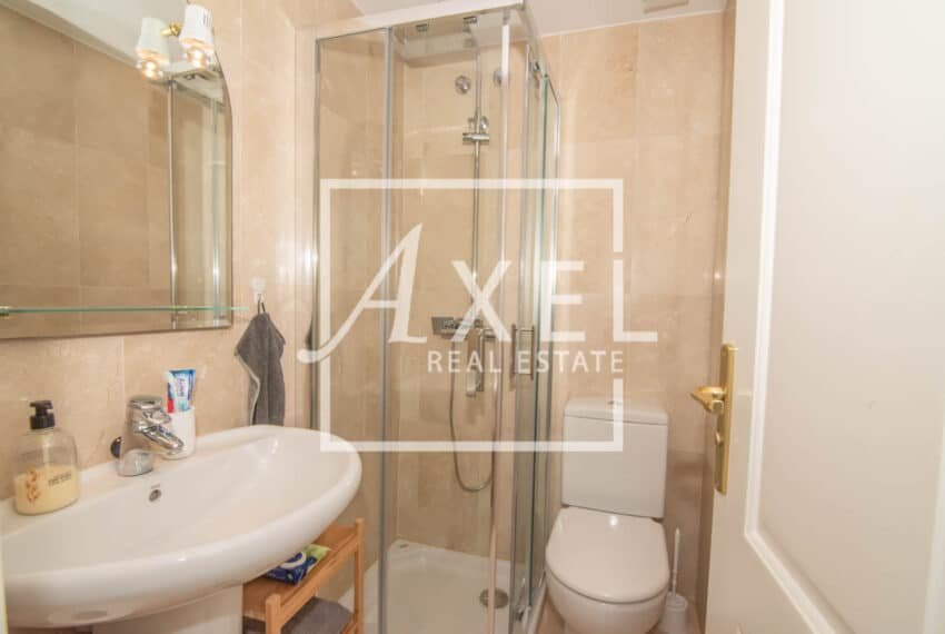 RAW_3970axel-realestate