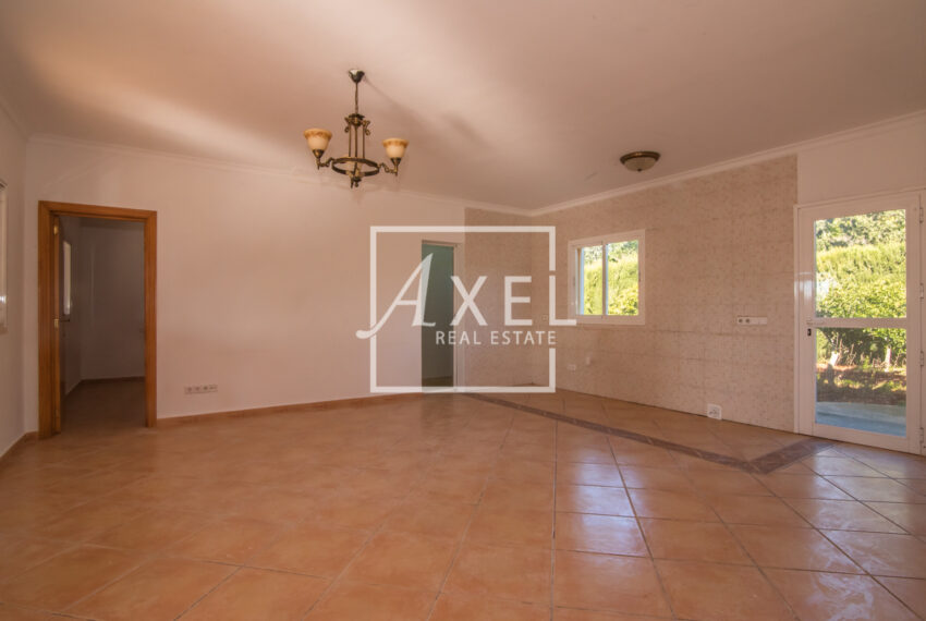 RAW_2241axel-realestate.com_ohne