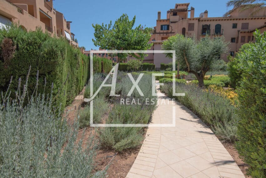 RAW_4059axel-realestate